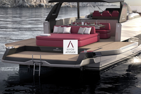 A44 Luxury Tender: fold-down bulwark sections for an unlimited cockpit space