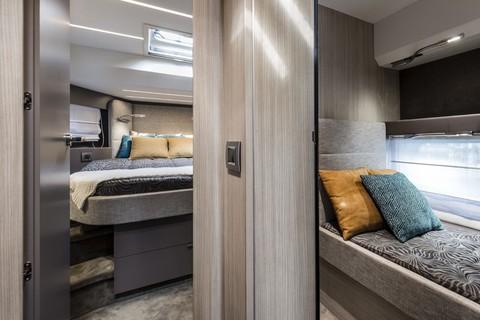 Cranchi T36 Crossover - Master cabin and corridor