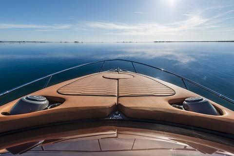 Cranchi E30 Endurance - Aft sunpad