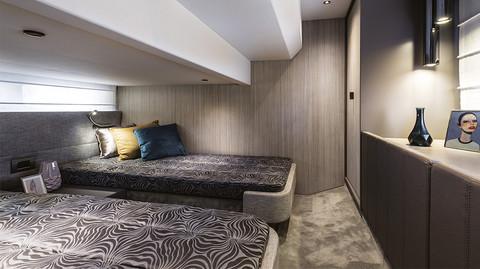 Cranchi T36 Crossover - Guest cabin