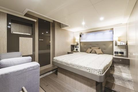 Cranchi E56F Evoluzione - Master cabin