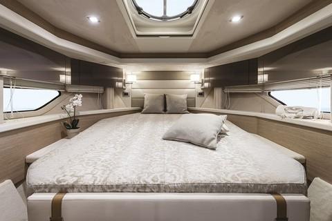 Cranchi Z35 - Master cabin