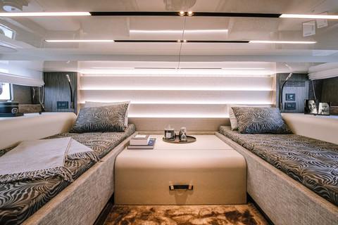 A46 Luxury Tender - Cabin (twin beds)