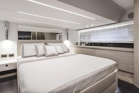 Cranchi E52S Evoluzione - Master cabin