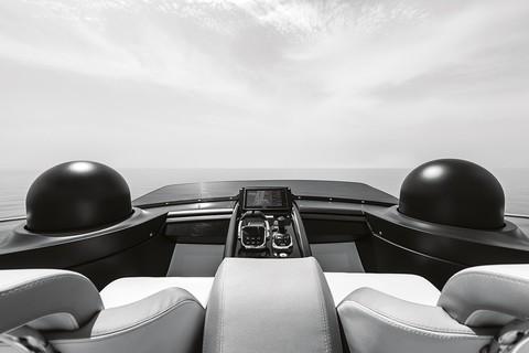 Cranchi E52S Evoluzione - Sportbridge console