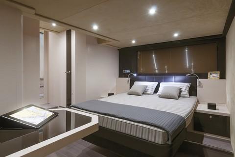 Cranchi 60 HT - Master cabin