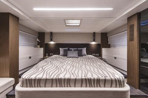 Cranchi T55 Trawler - VIP Cabin