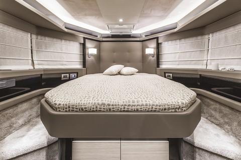 E52F Evoluzione - VIP cabin